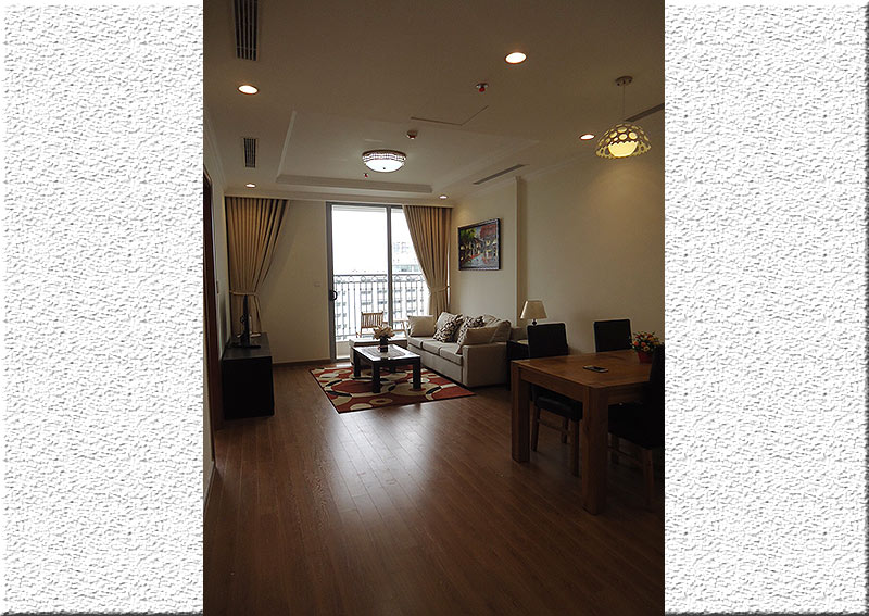 Vinhomes Nguyen Chi Thanh: Fully furnished 02BRs apartment, balcony with city view 5