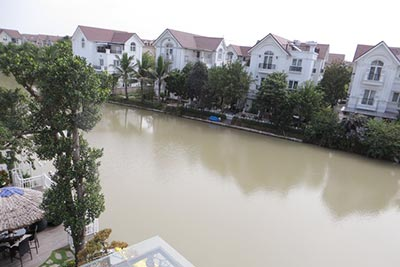 Vinhomes Riverside: 4BRs villa in Hoa Phuong 1, fully furnished