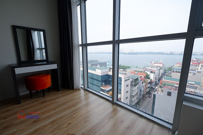Watermark: Fabulous 02BRs apartment with Westlake view 12