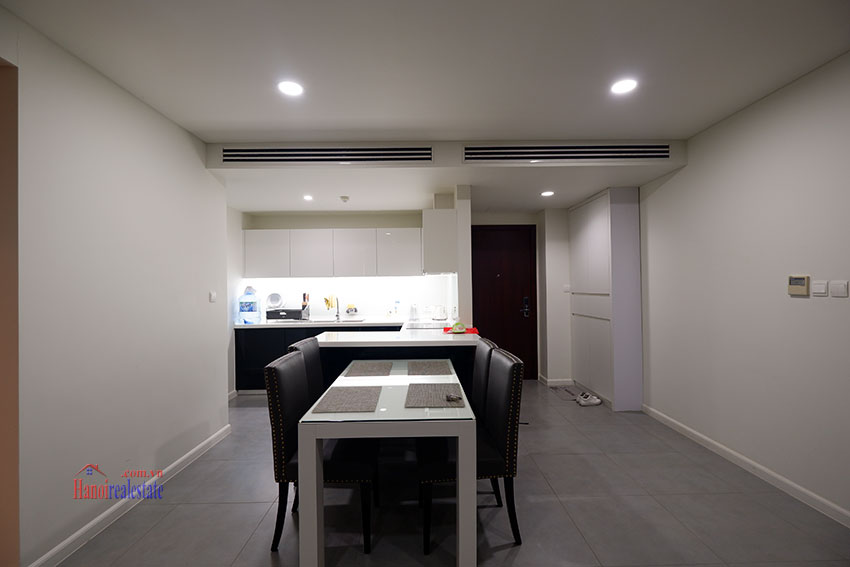 Watermark: Fabulous 02BRs apartment with Westlake view 5