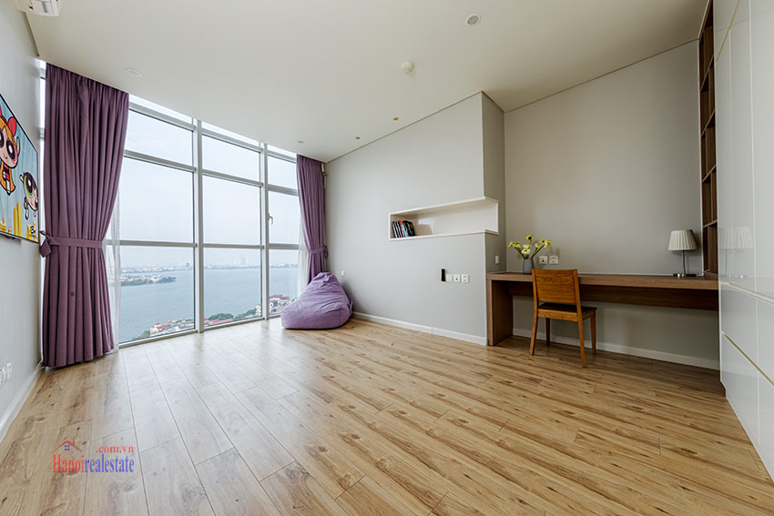 Watermark: Glorious 03BRs apartment on high floor with Westlake view 16