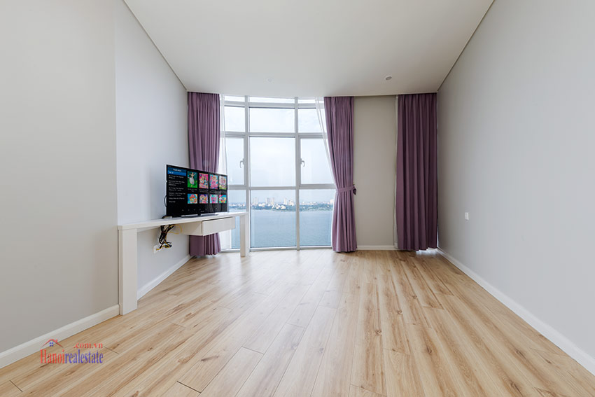 Watermark: Glorious 03BRs apartment on high floor with Westlake view 17