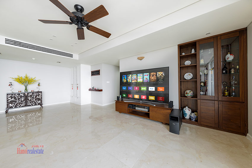 Watermark: Glorious 03BRs apartment on high floor with Westlake view 6