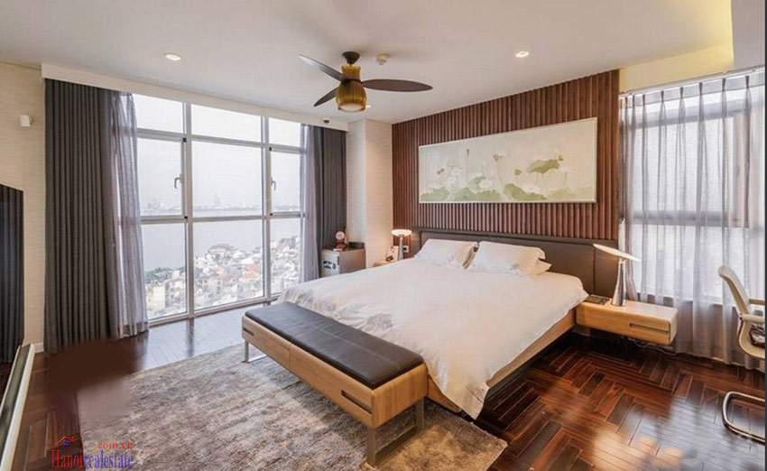 Watermark: Luxury 04BRs apartment on high floor with Westlake panoramic view 13