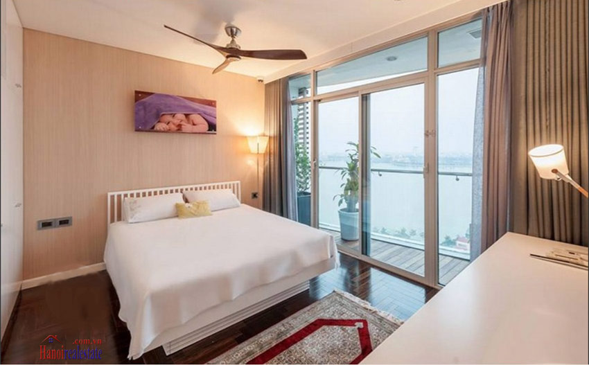 Watermark: Luxury 04BRs apartment on high floor with Westlake panoramic view 18