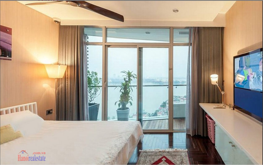 Watermark: Luxury 04BRs apartment on high floor with Westlake panoramic view 19