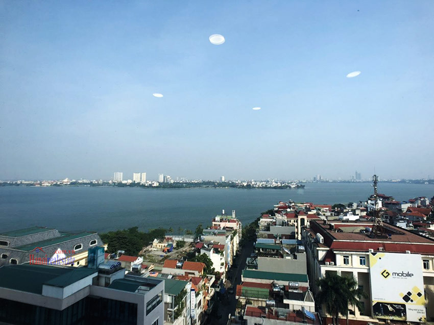 Watermark: Majestic 02BRs apartment with panoramic Westlake view 3