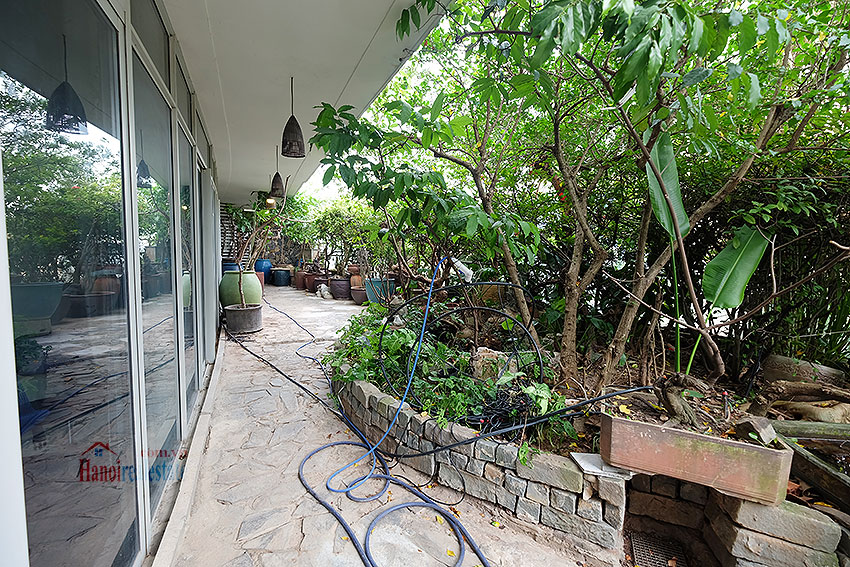 Watermark: Nostalgic 03BRs apartment with spacious garden, gym and pool 35