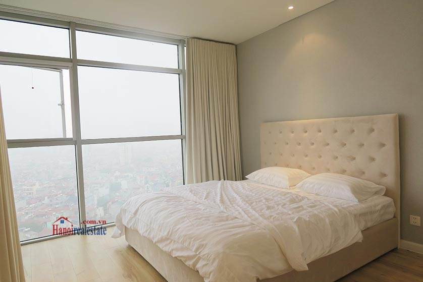 Watermark: Stunning 02BRs apartment, city view 10