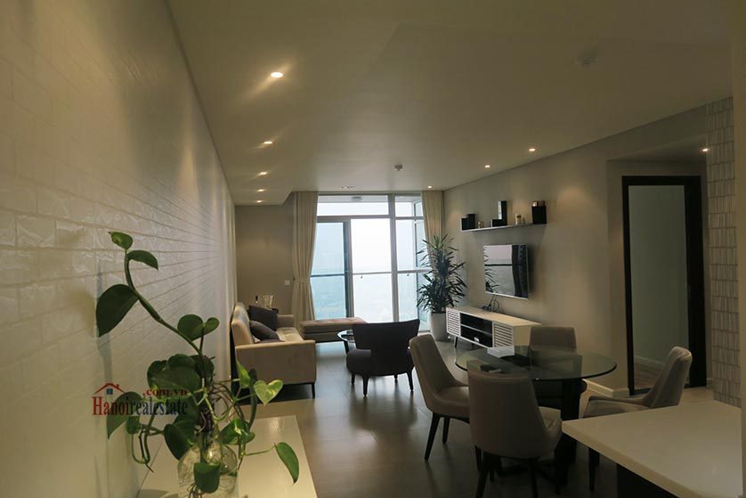 Watermark: Stunning 02BRs apartment, city view 2