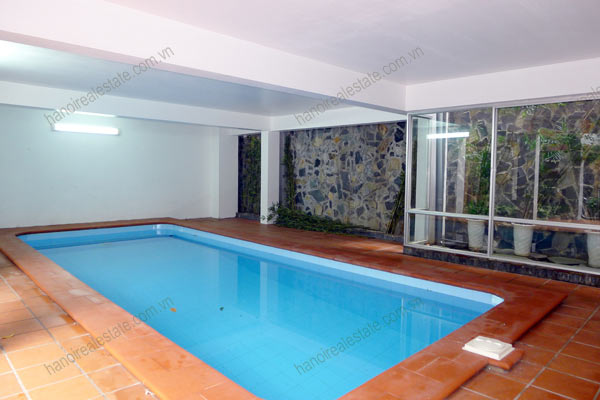 Well designed House includes spacious living room, modern kitchen and pool 3