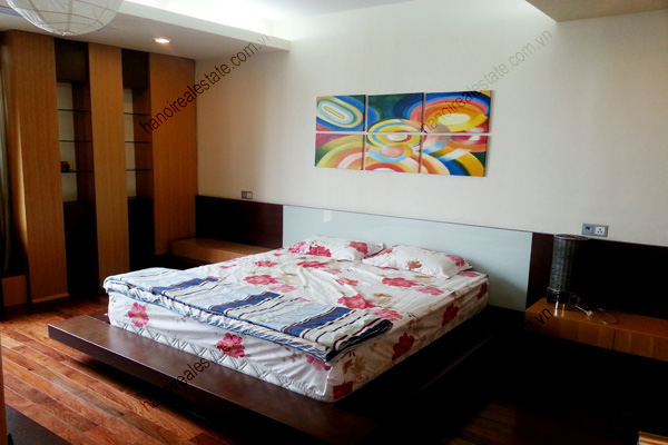 Well Furnished 3 bedroom Apartment on High floor Pacific Place Hanoi 11