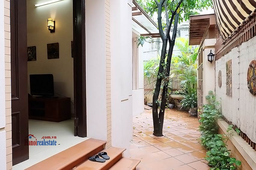 West lake house rental with 05 bedrooms and fully furnished 2