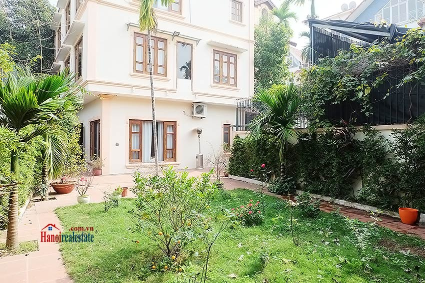 West lake view, 05 BRs villa to rent on To Ngoc Van with large garden & terrace 10