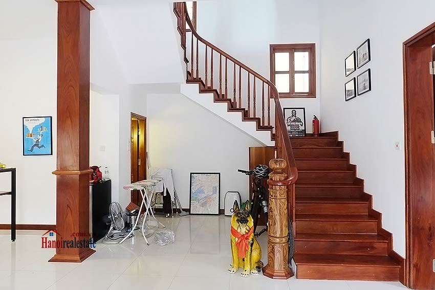 West lake view, 05 BRs villa to rent on To Ngoc Van with large garden & terrace 14