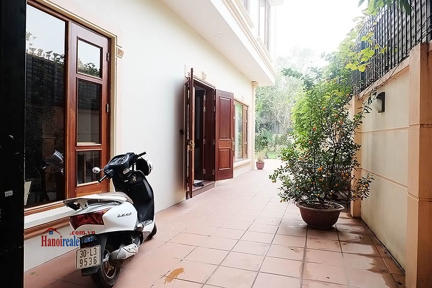 West lake view, 05 BRs villa to rent on To Ngoc Van with large garden & terrace 1