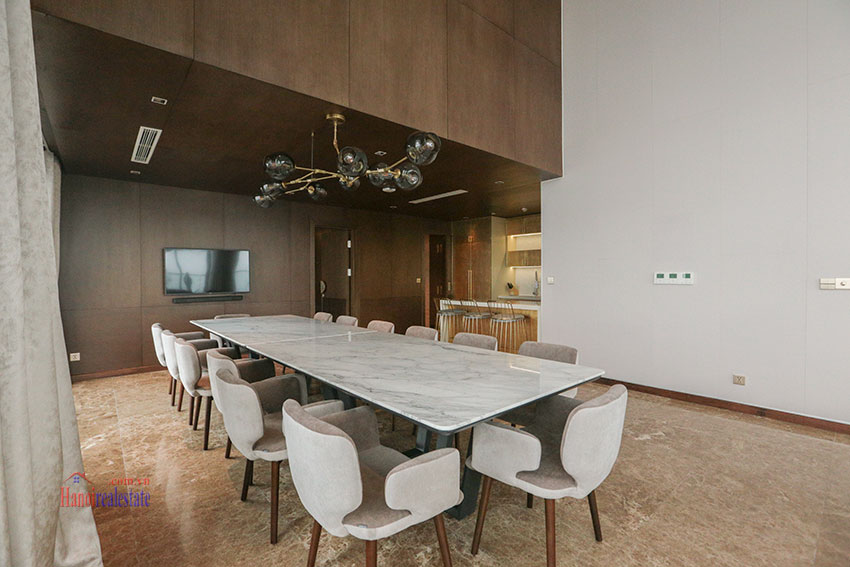 West Lake View Ambassadors Penthouse in Oakwood Residence Hanoi 13
