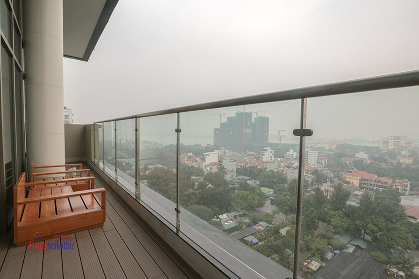 West Lake View Ambassadors Penthouse in Oakwood Residence Hanoi 18