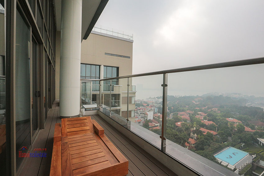 West Lake View Ambassadors Penthouse in Oakwood Residence Hanoi 20