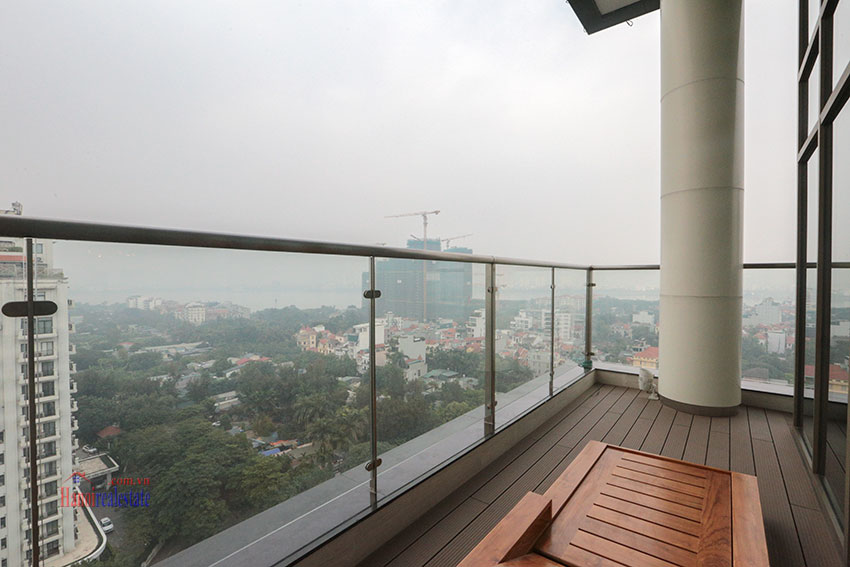 West Lake View Ambassadors Penthouse in Oakwood Residence Hanoi 23