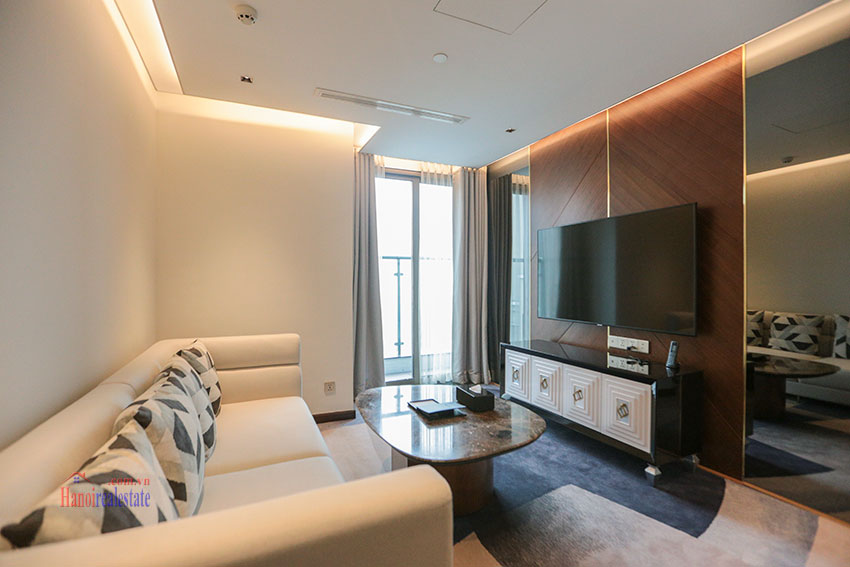 West Lake View Ambassadors Penthouse in Oakwood Residence Hanoi 32