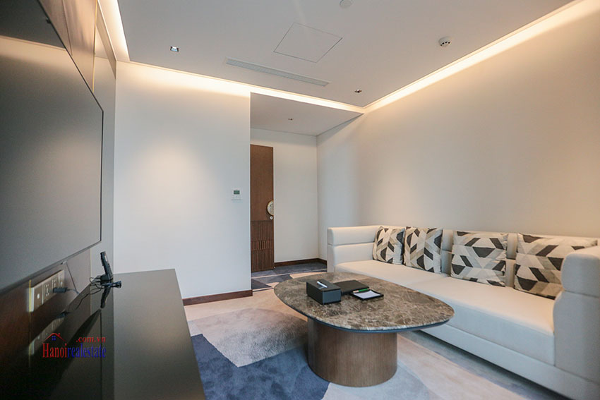 West Lake View Ambassadors Penthouse in Oakwood Residence Hanoi 34
