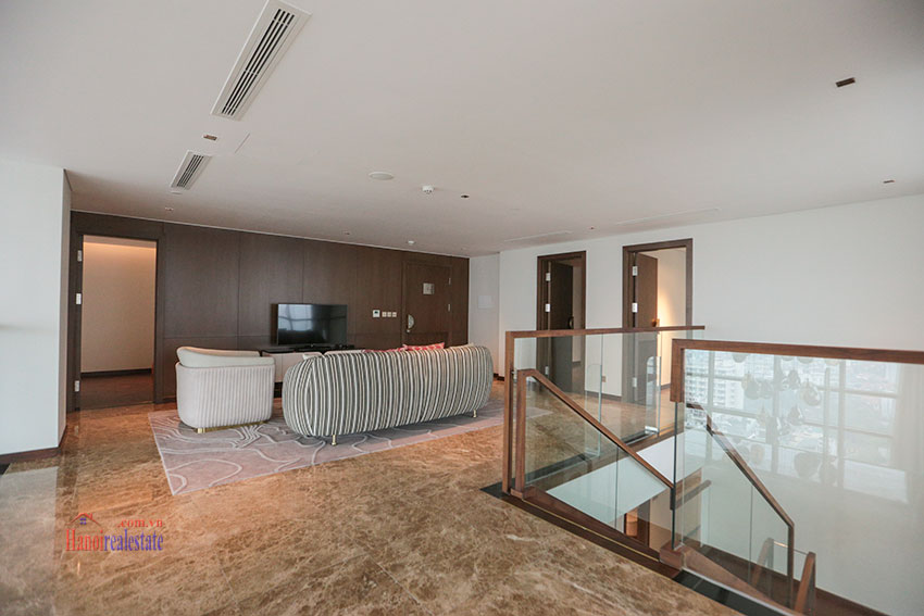 West Lake View Ambassadors Penthouse in Oakwood Residence Hanoi 39