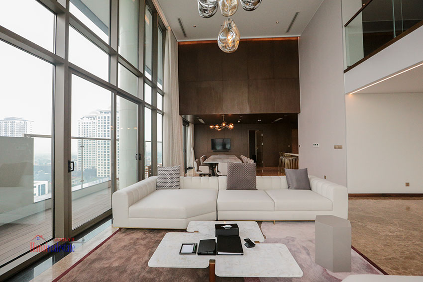West Lake View Ambassadors Penthouse in Oakwood Residence Hanoi 5