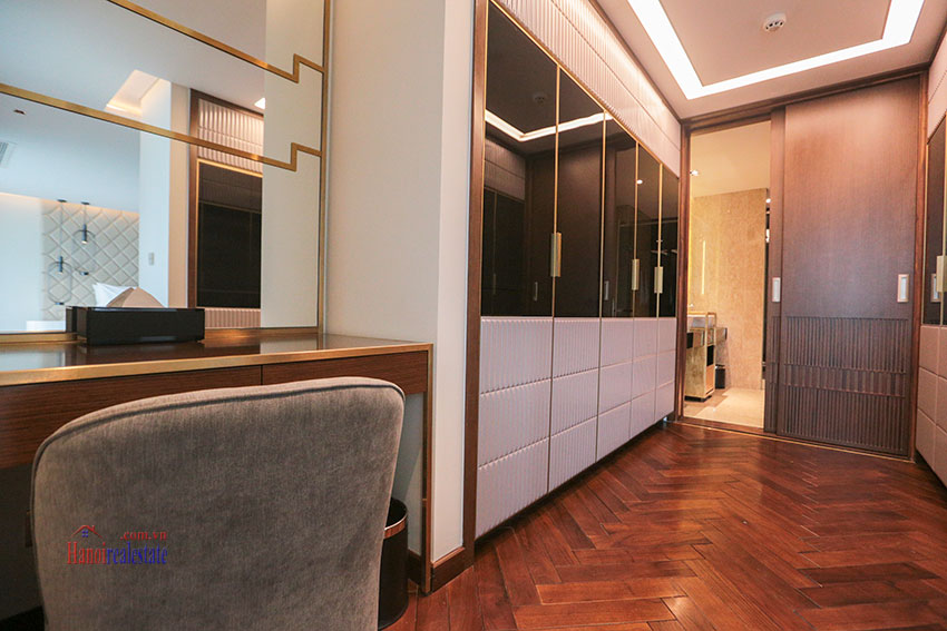 West Lake View Ambassadors Penthouse in Oakwood Residence Hanoi 55