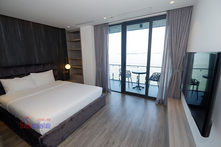 West lake view, clean one bedroom apartment in Nguyen Dinh Thi (3) 7