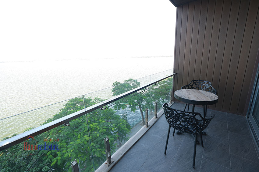 West lake view, clean one bedroom apartment in Nguyen Dinh Thi (3) 8