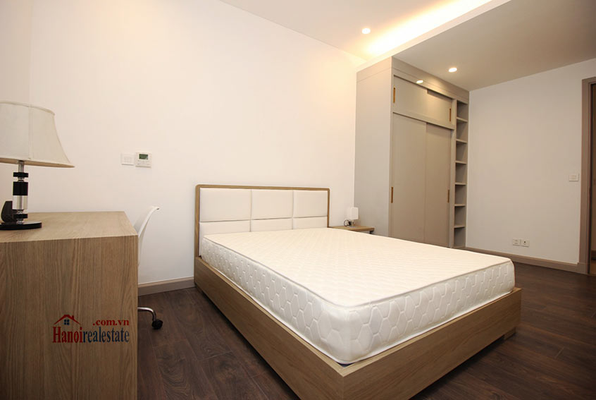 Westlake view apartment in Sun Grand City, Thuy Khue Street, very spacious 18