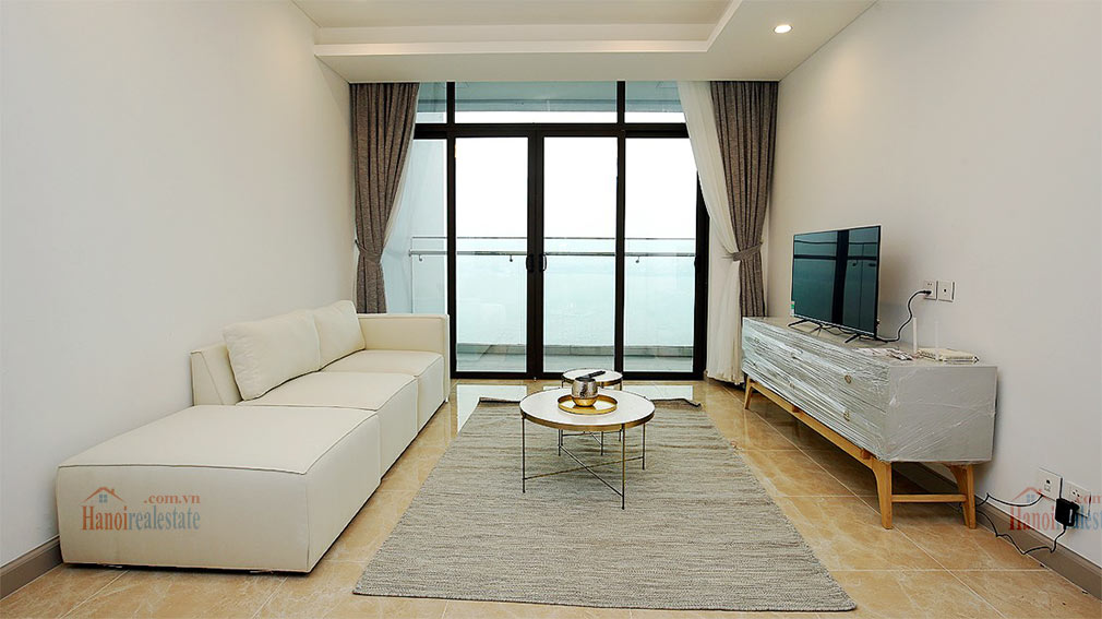 Westlake view apartment in Sun Grand City, Thuy Khue Street, very spacious 2