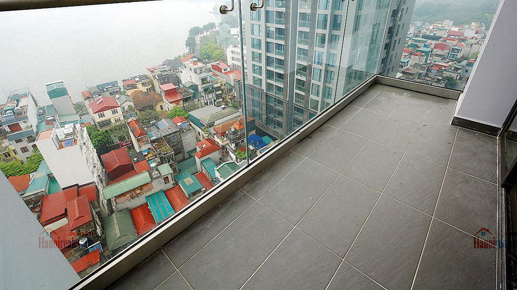 Westlake view apartment in Sun Grand City, Thuy Khue Street, very spacious 5