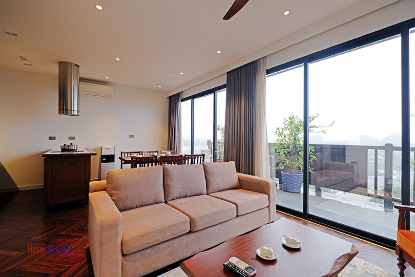 Wonderful and peaceful 02BRs apartment on high floor in the quiet Xom Chua 2