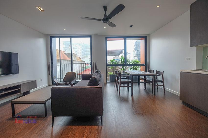 Worth looking Wide balcony and elegant décor 02 bedroom on Xuan Dieu Street 1